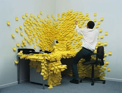 Post-it_Desk_Art