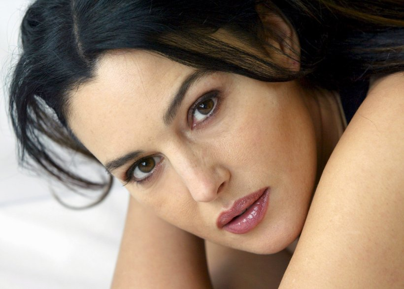monica-bellucci-close-up